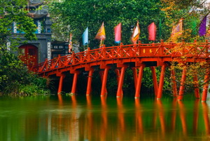 Explore Hanoi Charms and Cruising Halong Bay